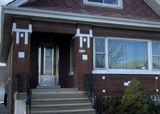 Pre Foreclosure in Berwyn 60402 EAST AVE - Property ID: 1765560949