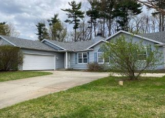 Pre Foreclosure in Bristol 46507 PINE BROOK DR - Property ID: 1765601220
