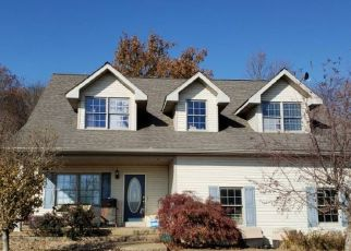 Pre Foreclosure in Wadesville 47638 WADE RD - Property ID: 1765624440