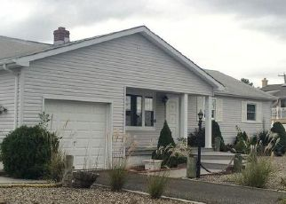 Pre Foreclosure in Toms River 08753 NASSAU DR - Property ID: 1765955550