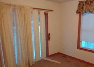 Pre Foreclosure in Pecatonica 61063 E 7TH ST - Property ID: 1766416745