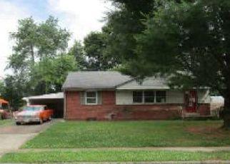 Pre Foreclosure in Mechanicsburg 17055 E MARBLE ST - Property ID: 1766616451