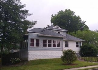 Pre Foreclosure in Lansdowne 19050 GREEN AVE - Property ID: 1766694861