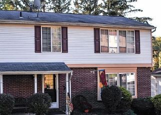Pre Foreclosure in Pittsburgh 15236 COLEEN DR - Property ID: 1767071958