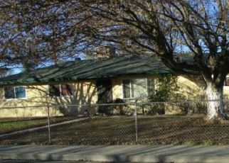 Pre Foreclosure in Hanford 93230 CHRIS LN - Property ID: 1767335608