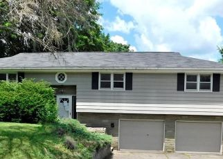 Pre Foreclosure in Vestal 13850 ARCH DR - Property ID: 1767754755