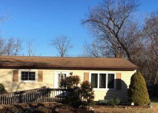 Pre Foreclosure in Mahopac 10541 PIGOTT RD - Property ID: 1767895333