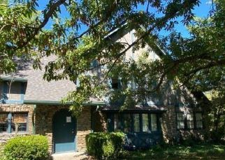 Pre Foreclosure in Cincinnati 45211 HARRISON AVE - Property ID: 1768170380