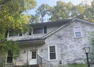 Pre Foreclosure in Cincinnati 45244 HUNLEY RD - Property ID: 1768171253