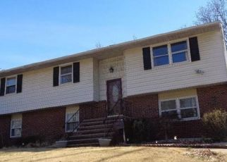 Pre Foreclosure in Sayreville 08872 MINNISINK AVE S - Property ID: 1768569828