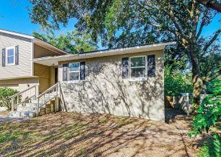 Pre Foreclosure in Jacksonville 32225 OAK RIDGE DR W - Property ID: 1768965756