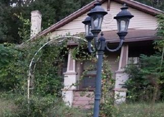 Pre Foreclosure in Lake Wales 33853 ALTA VISTA ST - Property ID: 1769088375