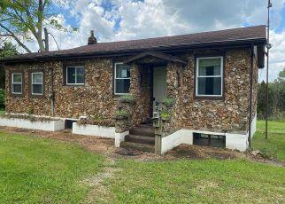Pre Foreclosure in Hillsboro 63050 TINHOUSE RD - Property ID: 1769173789