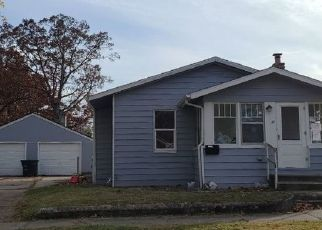 Pre Foreclosure in Elkhart 46516 TAYLOR ST - Property ID: 1769207509