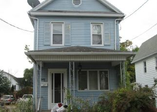 Pre Foreclosure in Wilkes Barre 18702 BRADFORD ST - Property ID: 1769366938