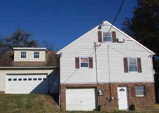Pre Foreclosure in Spring Grove 17362 KRAFTS MILL RD - Property ID: 1769664760