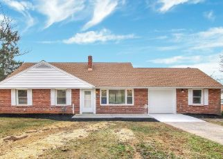 Pre Foreclosure in York 17403 NILES RD - Property ID: 1769666504
