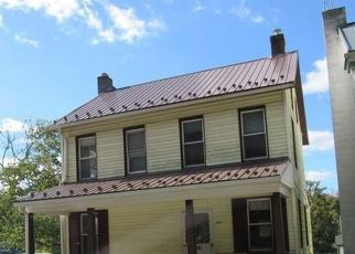 Pre Foreclosure in York 17403 BRILLHART STATION RD - Property ID: 1769669124