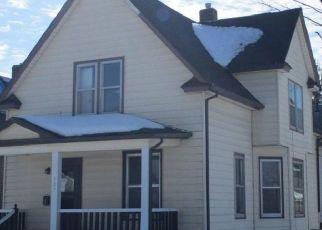 Pre Foreclosure in Cedar Rapids 52405 C AVE NW - Property ID: 1770063304