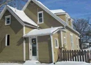 Pre Foreclosure in Winterset 50273 N 8TH AVE - Property ID: 1770620405