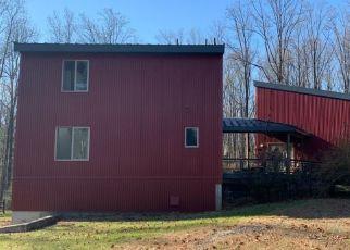 Pre Foreclosure in Milford 08848 ANDERSEN RD - Property ID: 1770655900