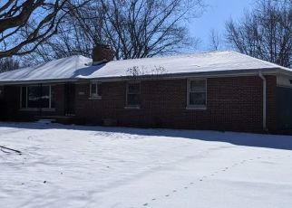 Pre Foreclosure in Anderson 46012 HIGHLAND RD - Property ID: 1770935307