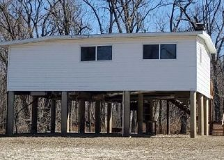Pre Foreclosure in Elsberry 63343 S RIVER RD - Property ID: 1770983943