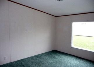 Pre Foreclosure in Dawson Springs 42408 GOODAKER LN - Property ID: 1771198540
