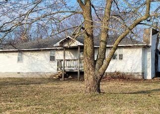 Pre Foreclosure in Cassville 65625 N CHESTNUT ST - Property ID: 1771454763