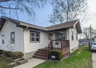 Pre Foreclosure in Racine 53402 10TH AVE - Property ID: 1771508624
