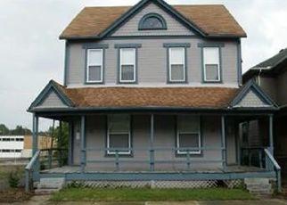 Pre Foreclosure in Dayton 45402 E LINCOLN ST - Property ID: 1772251427