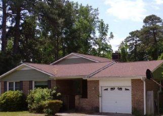 Pre Foreclosure in Fayetteville 28314 PIN OAK LN - Property ID: 1772318433
