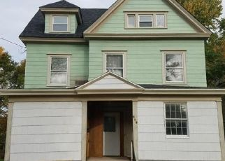 Pre Foreclosure in Syracuse 13205 W BORDEN AVE - Property ID: 1772483102