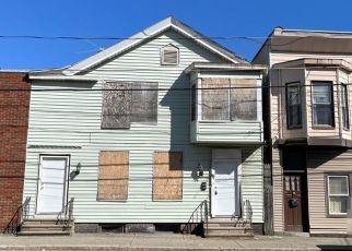 Pre Foreclosure in Cohoes 12047 CONGRESS ST - Property ID: 1772542236