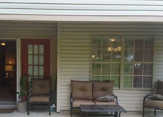Pre Foreclosure in Cherry Hill 08034 TAVISTOCK - Property ID: 1772574202