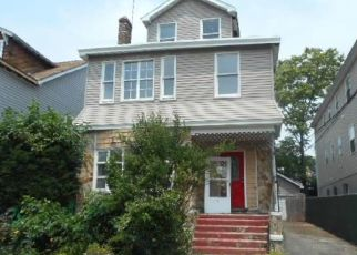 Pre Foreclosure in Newark 07112 MAPES AVE - Property ID: 1772668375