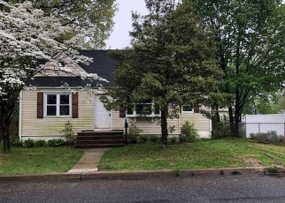 Pre Foreclosure in Matawan 07747 FORREST AVE - Property ID: 1772688976