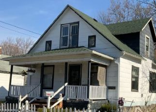 Pre Foreclosure in Saginaw 48602 MEADE ST - Property ID: 1772805460