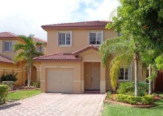 Pre Foreclosure in Miami 33186 SW 135TH TER - Property ID: 1772833494