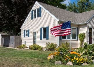 Pre Foreclosure in Waterloo 50701 MAGNOLIA PKWY - Property ID: 1773099342