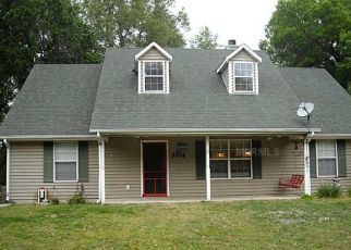 Pre Foreclosure in Groveland 34736 TWIN LAKE DR - Property ID: 1773259195