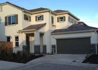 Pre Foreclosure in Tracy 95391 W SANTA CLARA DR - Property ID: 1773371323