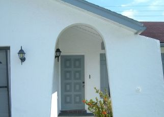 Pre Foreclosure in Sarasota 34232 TEAKWOOD LN - Property ID: 1773890770