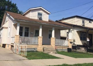 Pre Foreclosure in Camden 08105 N 34TH ST - Property ID: 1773981425