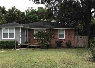 Pre Foreclosure in Pensacola 32507 DONALD DR - Property ID: 1773991497