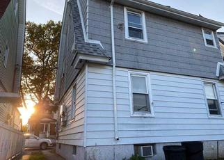 Pre Foreclosure in Hollis 11423 181ST ST - Property ID: 1774179385