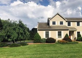 Pre Foreclosure in Manlius 13104 TROUT LILLY LN - Property ID: 1774294127