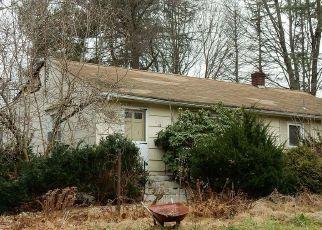 Pre Foreclosure in Oak Ridge 07438 HEATHER HILLS DR - Property ID: 1774333558