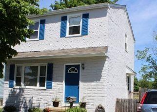 Pre Foreclosure in Magnolia 08049 E EVESHAM AVE - Property ID: 1774340561