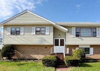 Pre Foreclosure in Bergenfield 07621 S SUMMIT ST - Property ID: 1774366850